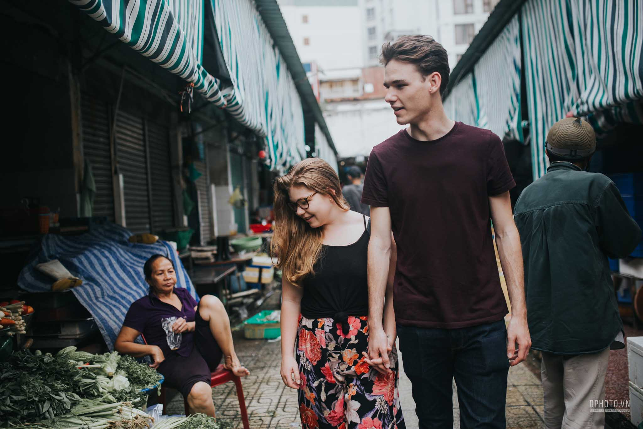 ho chi minh city engagement photo session 22