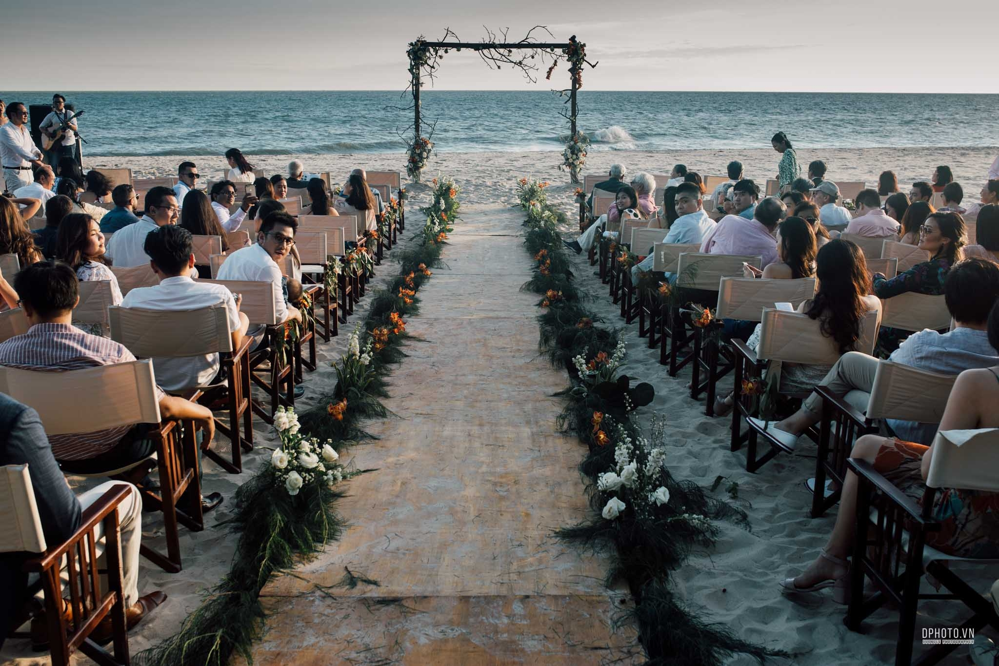vietnam_destination_beach_wedding_photographer_ho_tram_144