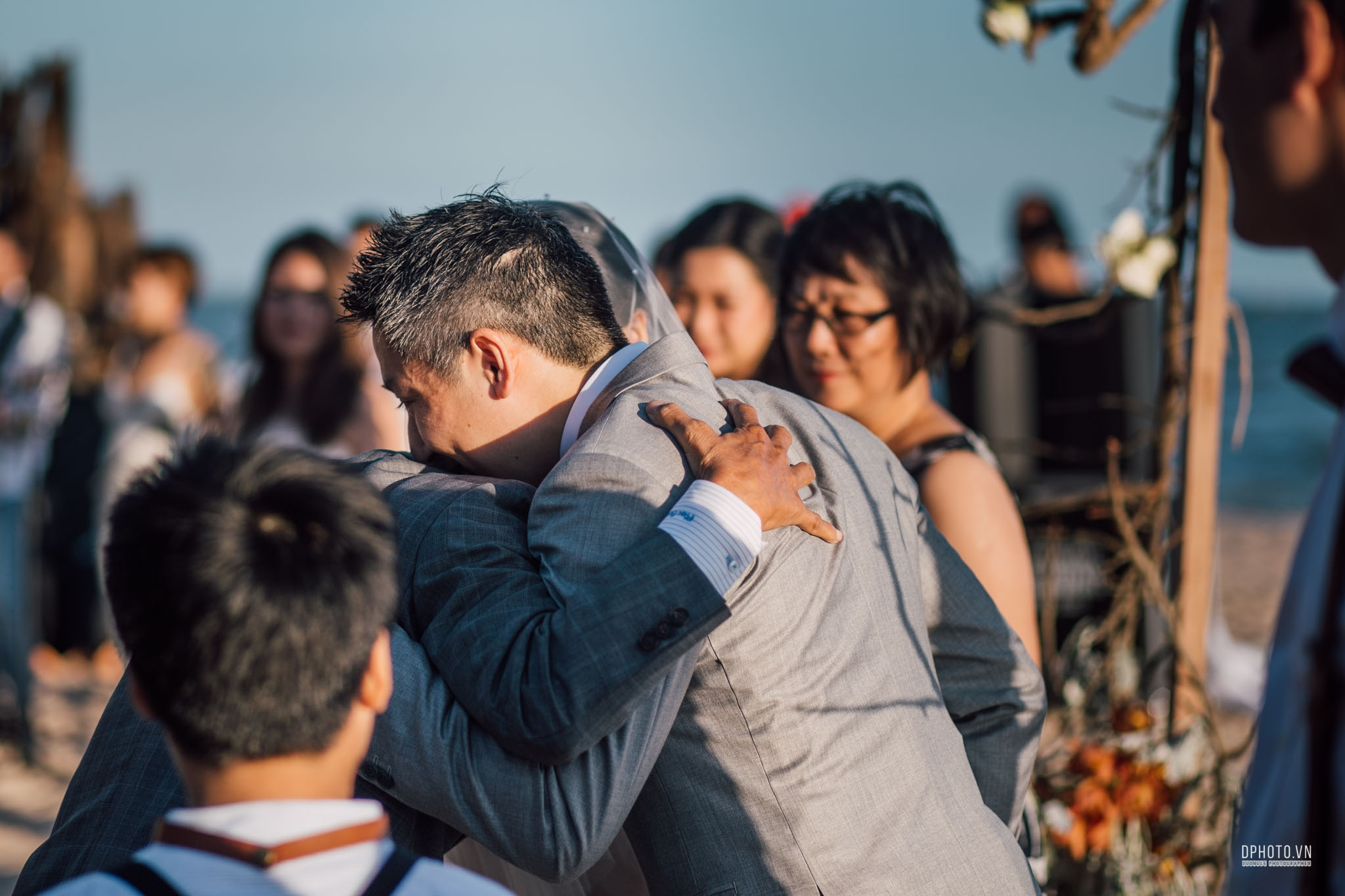 vietnam_destination_beach_wedding_photographer_ho_tram_156