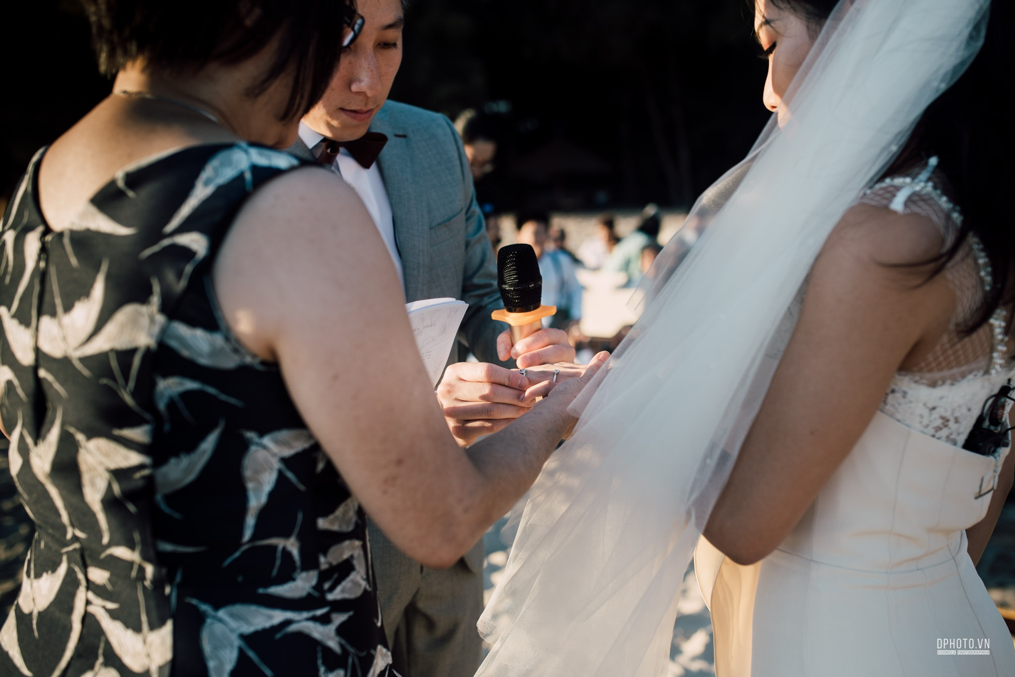 vietnam_destination_beach_wedding_photographer_ho_tram_171