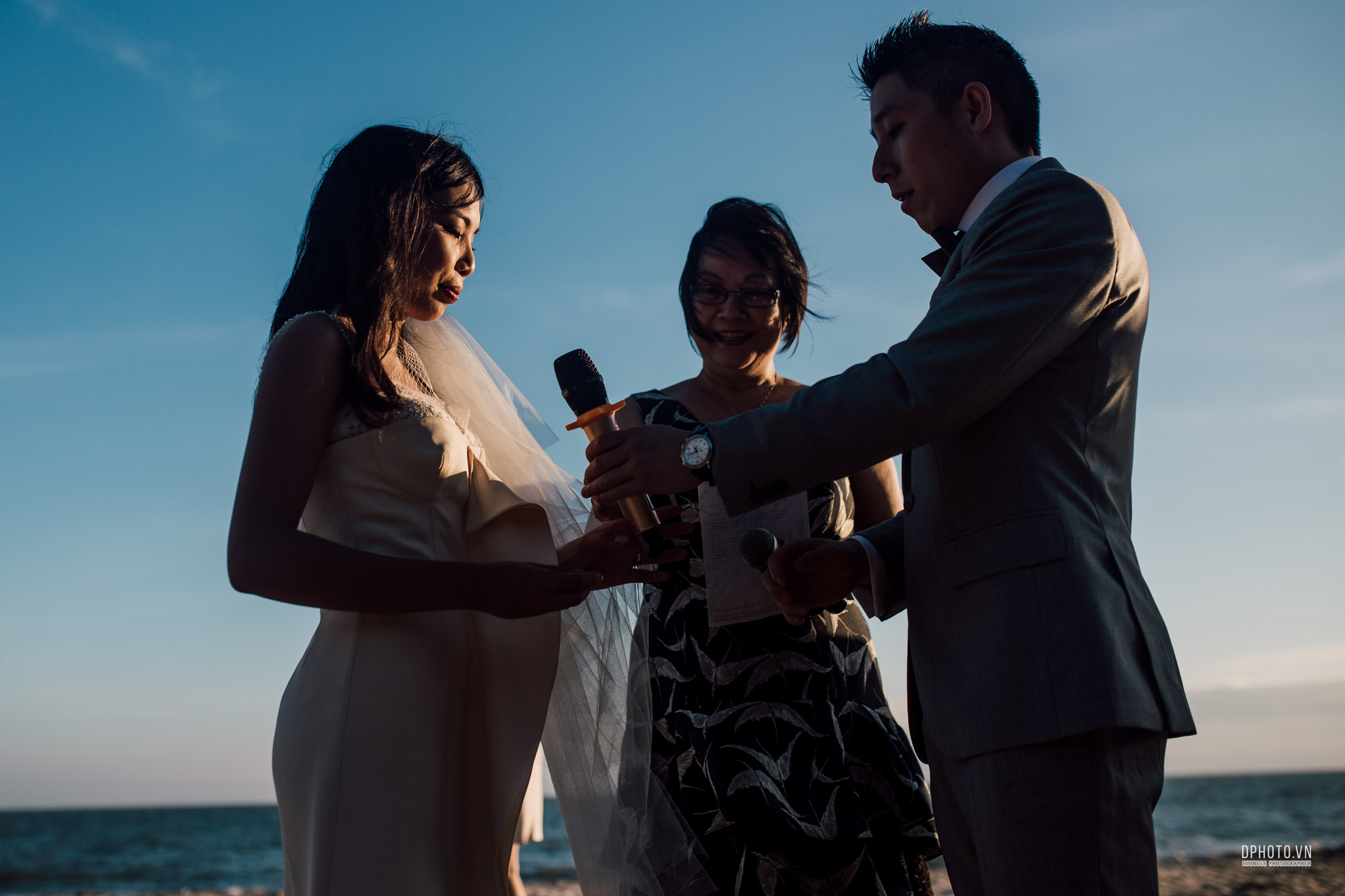 vietnam_destination_beach_wedding_photographer_ho_tram_173