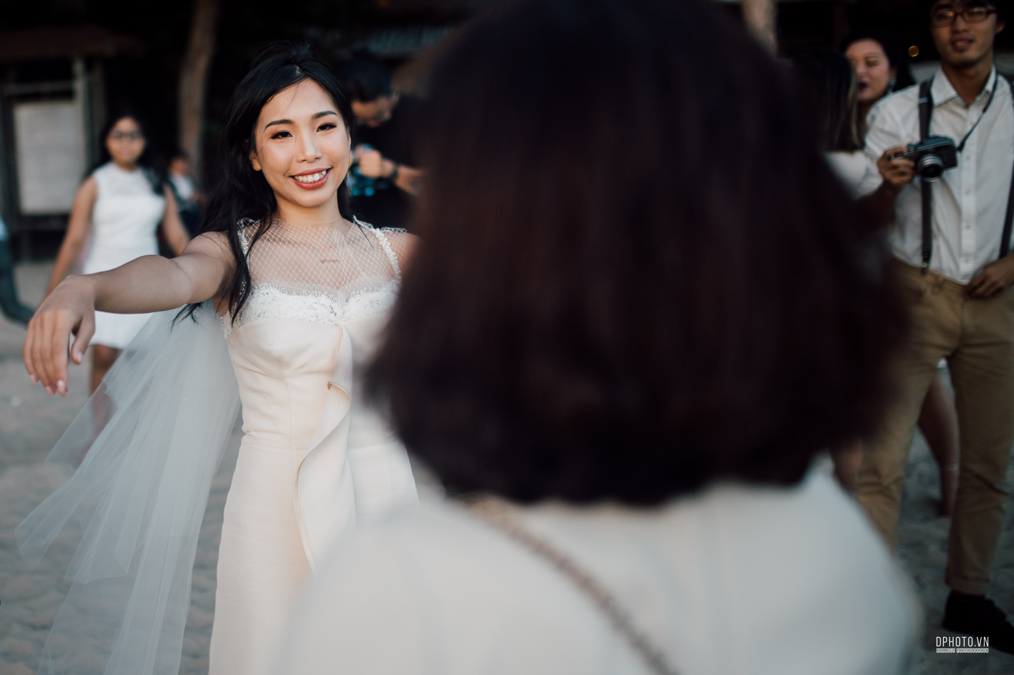 vietnam_destination_beach_wedding_photographer_ho_tram_207