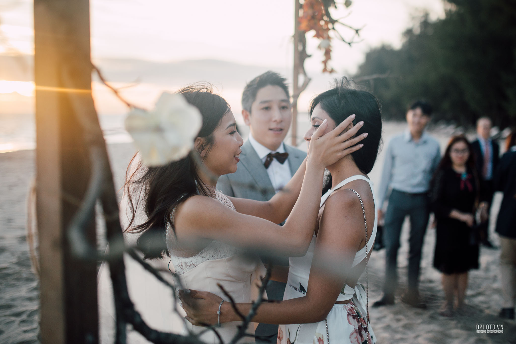 vietnam_destination_beach_wedding_photographer_ho_tram_217
