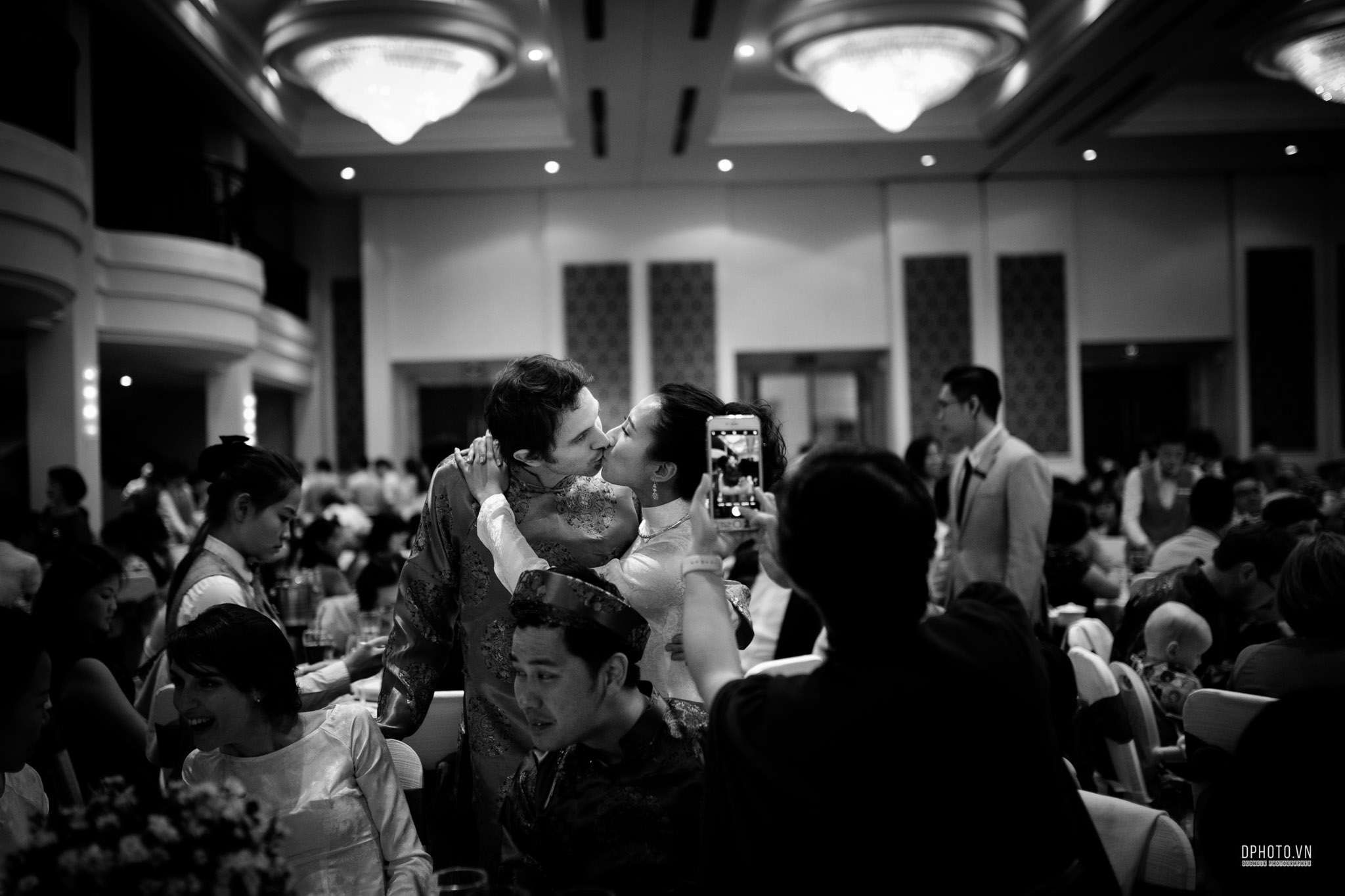 traditional_vietnamese_wedding_photojournalism_saigon_206