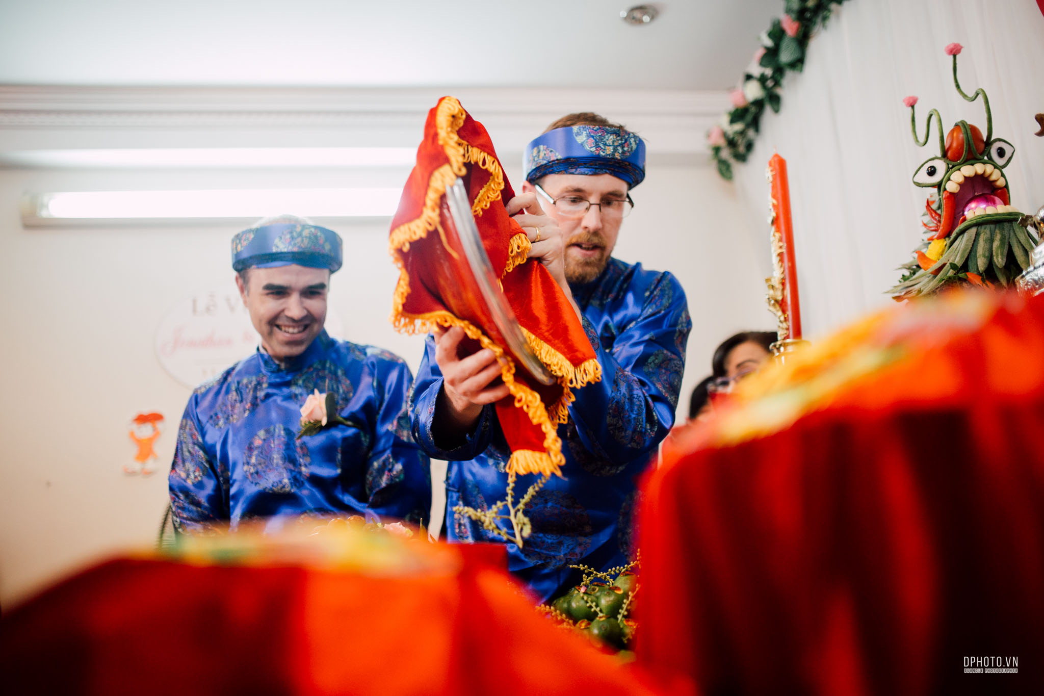traditional_vietnamese_wedding_photojournalism_saigon_58