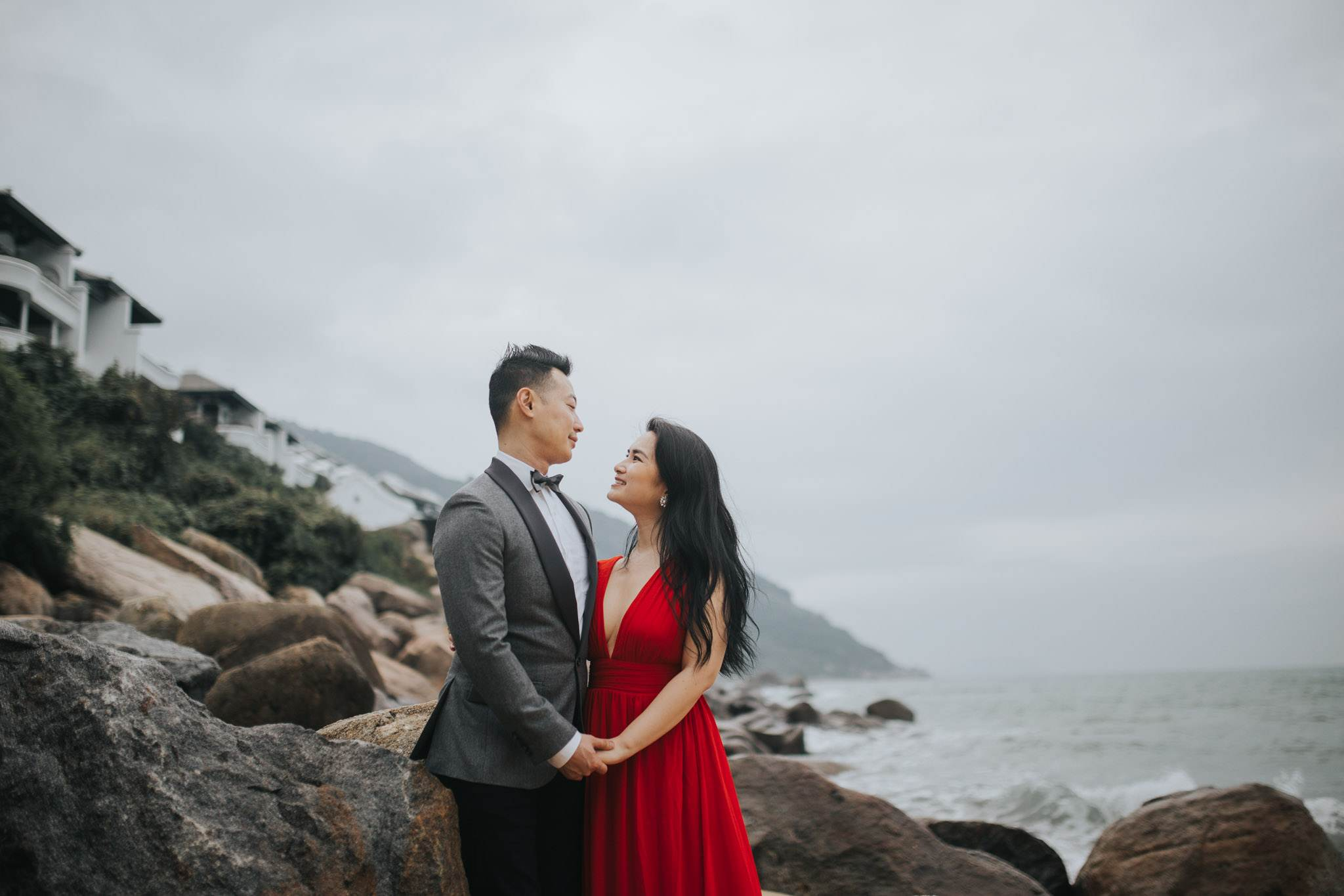 engagement_pre_wedding_photoshoot_in_intercontinental_danang_resort_32