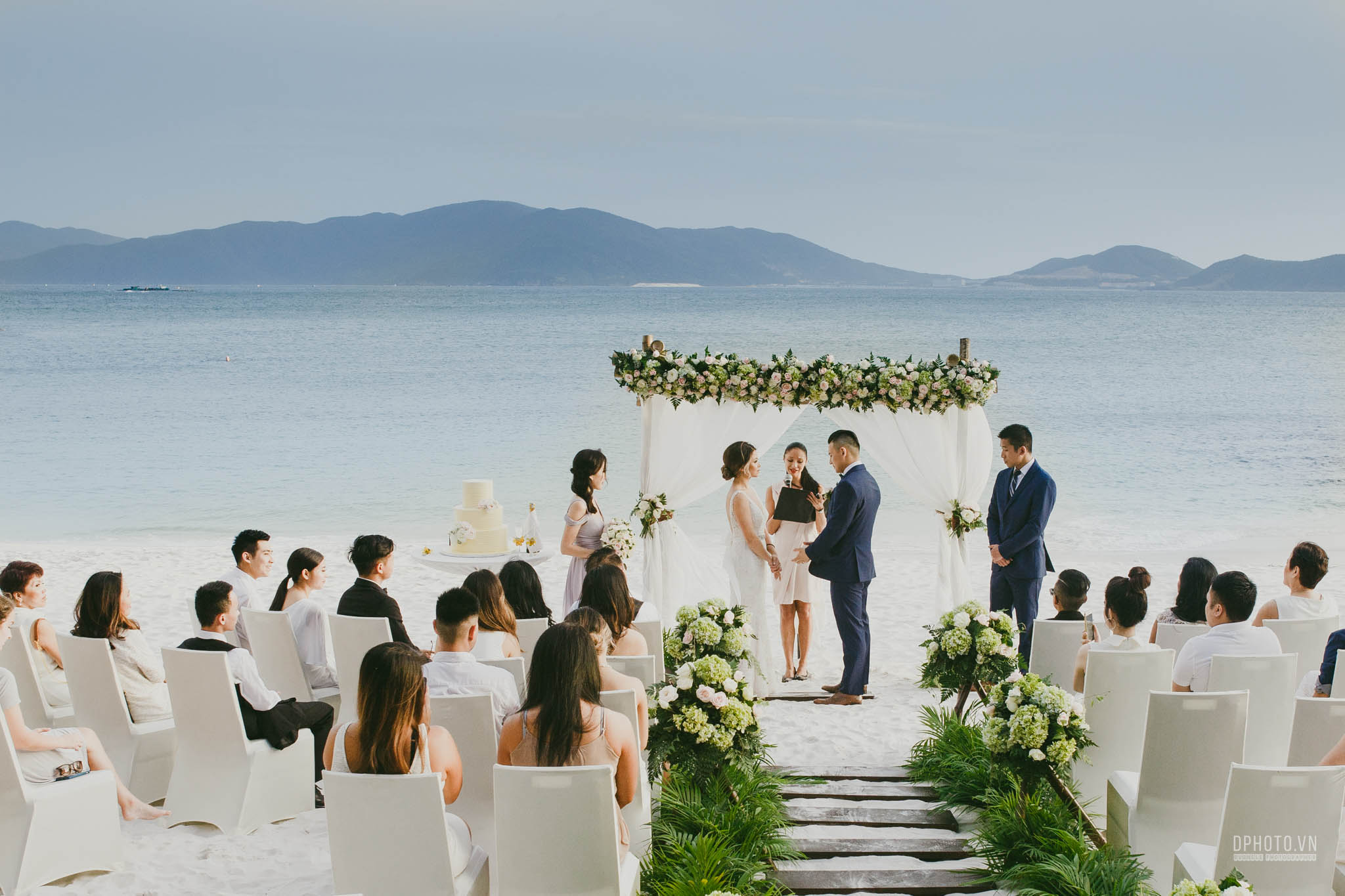 vietnam destination wedding
